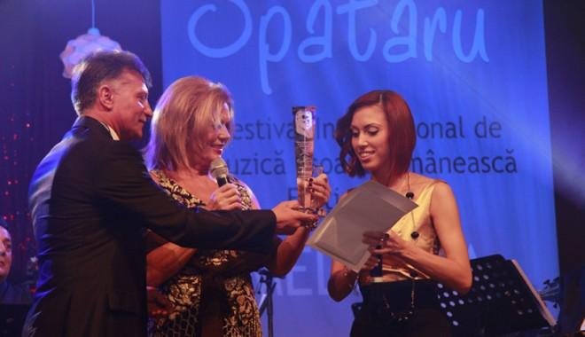 """Foto: Trofeul """"Dan Spătaru"""" a plecat în Republica Moldova"""
