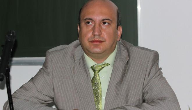 """Foto: Rectorul Universităţii """"Ovidius"""" – vicepreşedinte în noua structură CNATDCU"""
