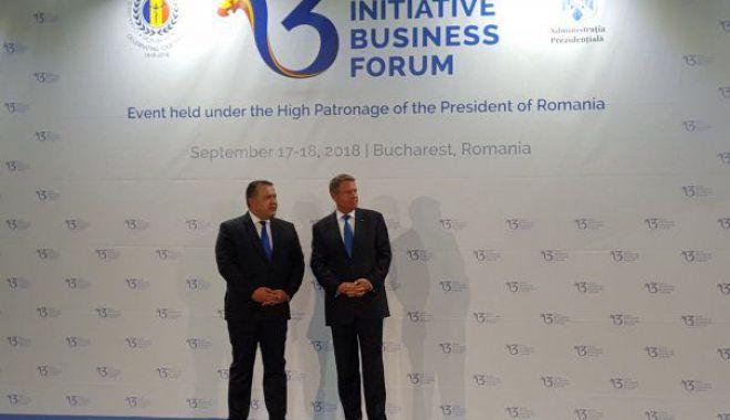 Foto: Klaus Iohannis  și Mihai Daraban  au deschis Summit-ul Inițiativa  celor Trei Mări