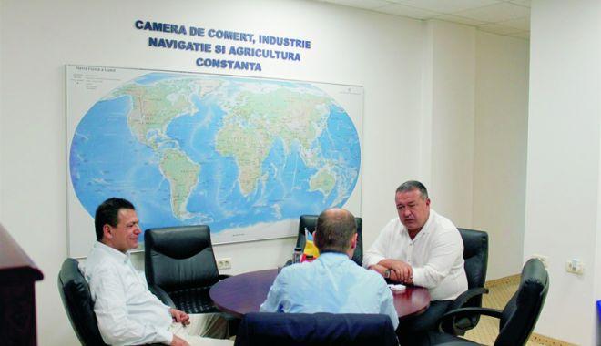 Foto: Consulul General al Republicii Turcia la Constanţa, vizită de sfârşit de mandat la președintele CCIR, Mihai Daraban