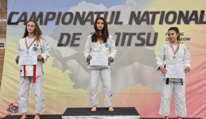 Lauri și aplauze pentru o tânără sportivă din Constanța: a obținut două titluri de campioană națională! - dariakraus-1624291042.jpg