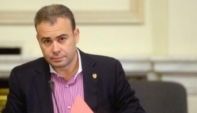 Foto: Darius Vâlcov, consilier  la Guvern