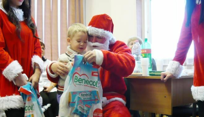 Foto: Daruri de la copii la copii