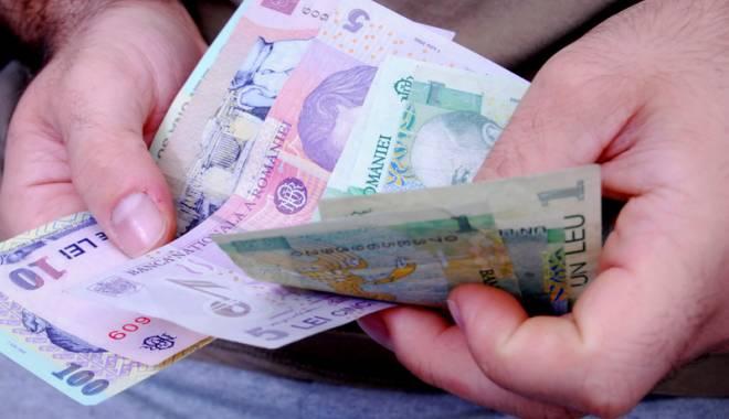 Foto: Datornicii  din Năvodari,  somaţi să-şi plătească datoriile la primărie