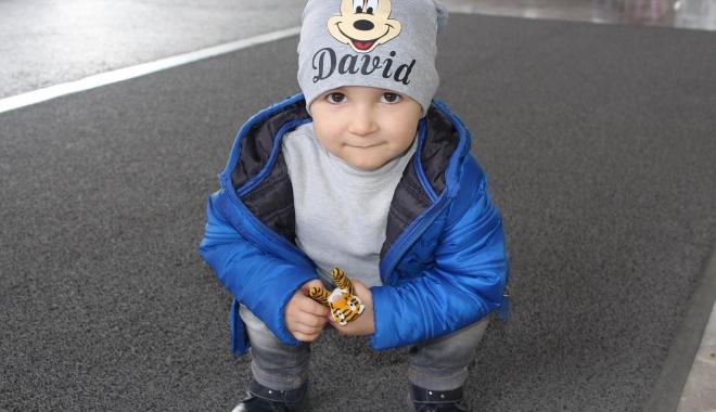 Lupta micuţului David cu CANCERUL, aproape de un final fericit. Ajută-l şi tu! - david-1479715111.jpg