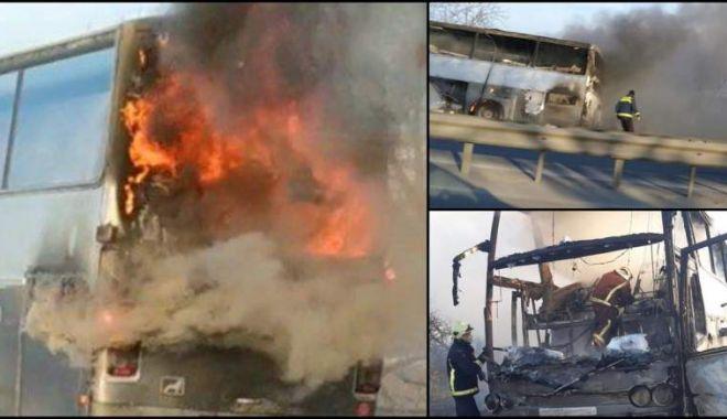 Foto: A luat foc în mers! Autocar ars în totalitate. Din fericire, fără victime