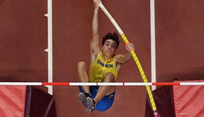 Nou record mondial la săritura cu prăjina, stabilit la Glasgow - ddd-1581784548.jpg
