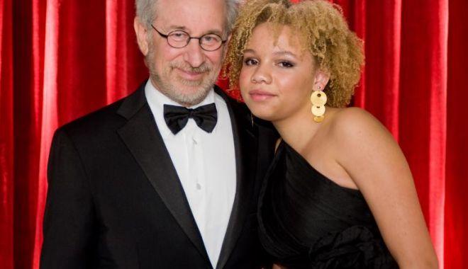 Foto: Fiica lui Steven Spielberg a ales să joace în alt fel de filme. Cu susținerea părinților...
