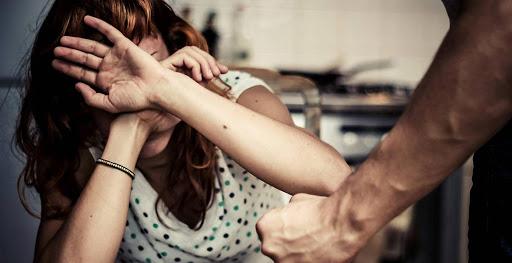 Violența în familie se lasă cu dosare penale - dddd-1582532107.jpg