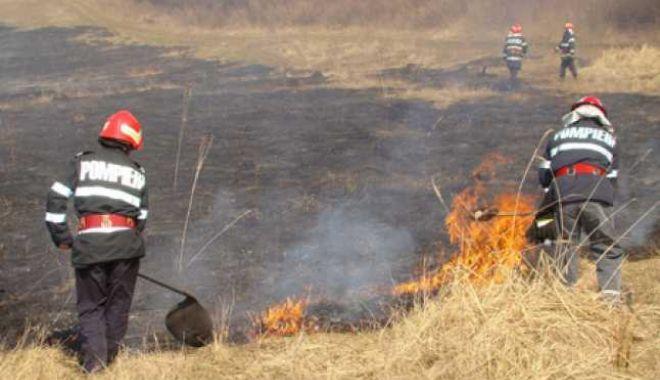 Foto: Circulație ÎNGREUNATĂ pe șoseaua Constanța – Slobozia, din cauza unui incendiu!
