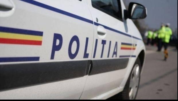 Foto: ACCIDENT DE MUNCĂ MORTAL: un bărbat a căzut de la etajul 4 al unui bloc de pe variantă!