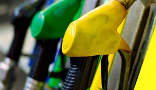 Cât costă astăzi un litru de benzină şi motorină la OMV, în Constanţa - deastaziomvpetromscumpestebenzin-1347179163.jpg