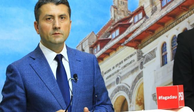 """Foto: Decebal Făgădău a câştigat Primăria Constanţa. """"Vă asigur de o întreagă transparenţă, de un dialog permanent cu constănţenii"""""""