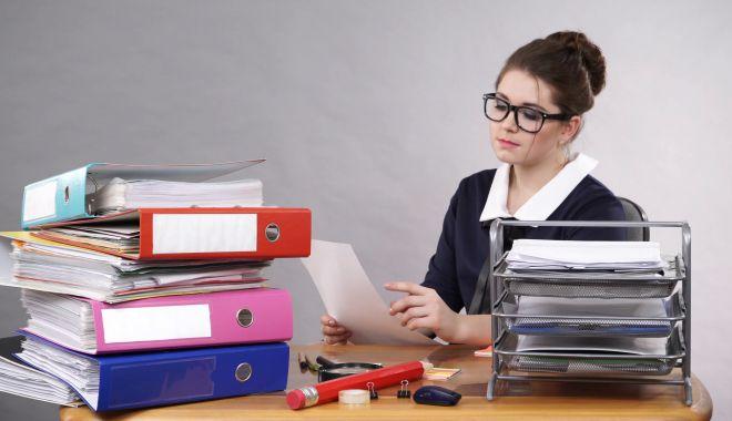 Foto: De ce mi-am concediat secretara