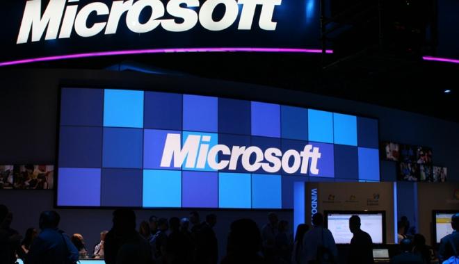 Foto: Decizie dură la Microsoft. Sute de angajaţi vor fi concediaţi