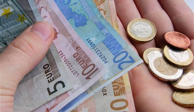 Foto: Deficit de 263 milioane euro  al balanţei de plăţi a României