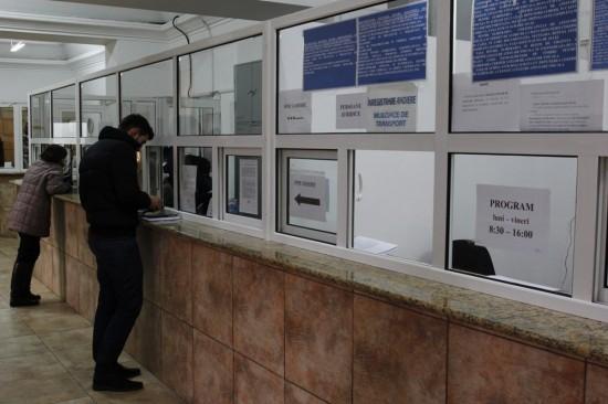 Foto: Ghișeele SPIT sunt închise luni, pe 17 aprilie