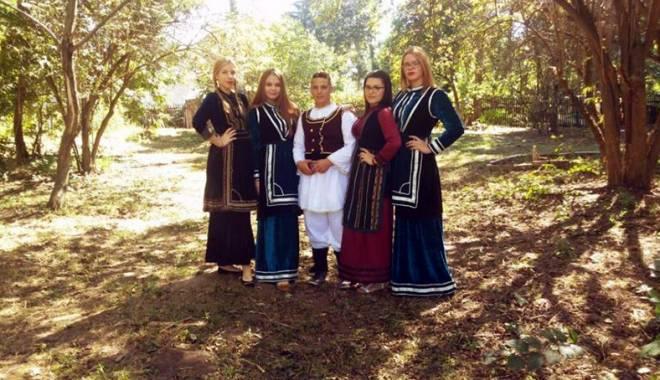 Foto: Minorităţile din Dobrogea. Obiceiurile şi tradiţiile de nuntă la aromâni