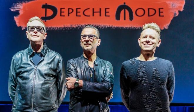 Foto: Veşti triste pentru fanii Depeche Mode. Solistul a fost spitalizat. Anunţul trupei despre concerul de la Cluj