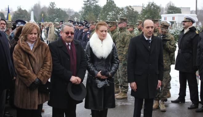 Foto: Galerie foto. Eroii care au luptat pentru patrie, comemoraţi la Cimitirul Central