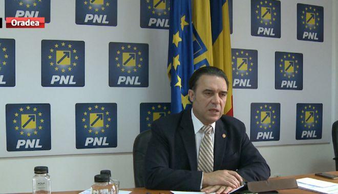 """Foto: Deputatul Ioan Cupșa, de la PNL:  """"Dăncilă și Toader nesocotesc Constituția"""""""