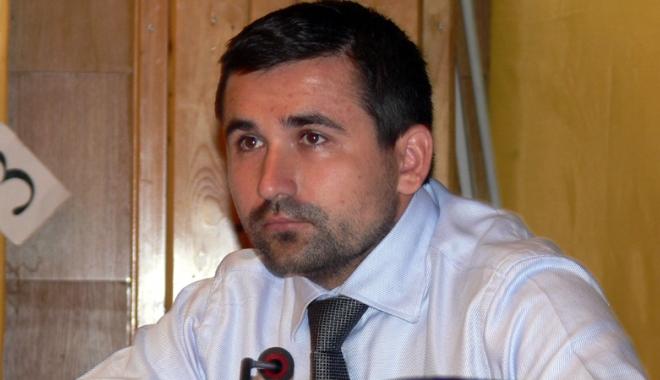 Foto: Deputatul PMP Adrian Gurzău poate fi arestat, dar nu şi reţinut