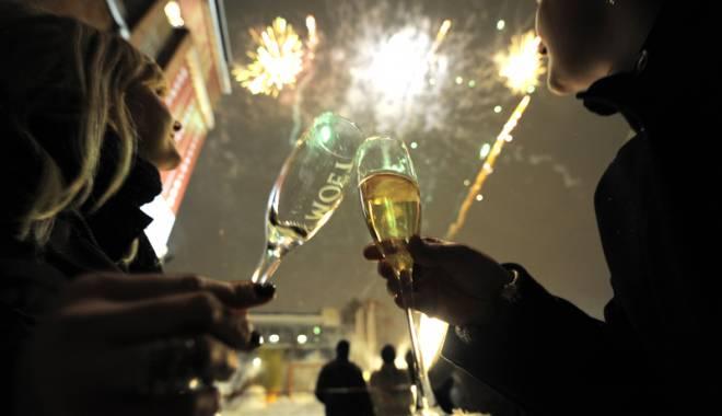 Foto: De Revelion, românii vor vacanţe scumpe!