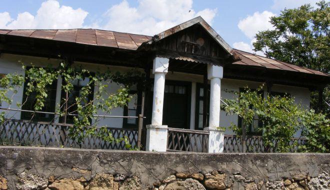 Foto: Muzeul Satului Dobrogean. Ce comori se ascund la Dervent