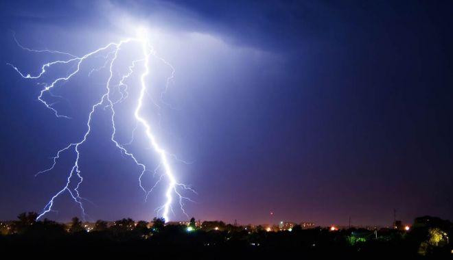 Avertizare ANM de vreme severă! Cod galben de instabilitate atmosferică accentuată - descarcari-1597046240.jpg