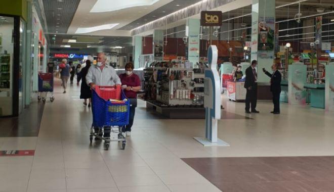 Obloane ridicate la mall-uri!