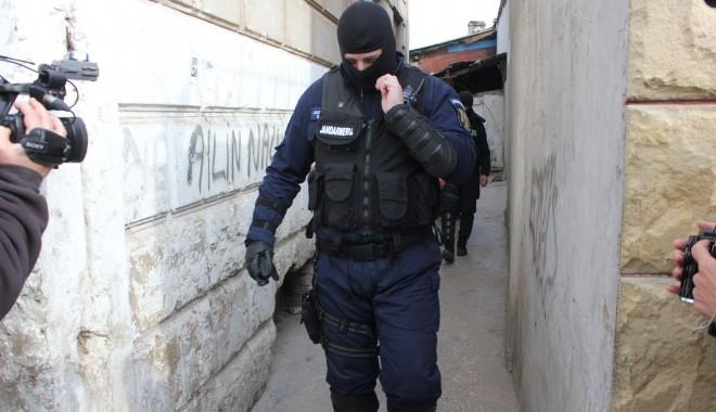 Foto: Descinderi de amploare! Sunt vizate fapte de corupţie