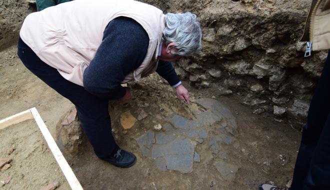 Noi descoperiri arheologice, la Constanţa.