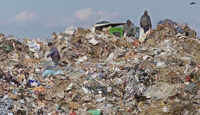 Foto: Taxa pentru depozitarea deşeurilor, în vigoare de săptămâna aceasta