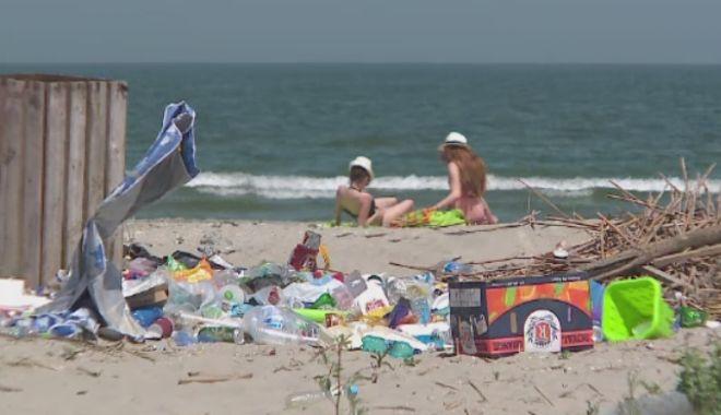 Foto: Fără deșeuri din plastic. Strângeți-vă gunoaiele pe unde mergeți!