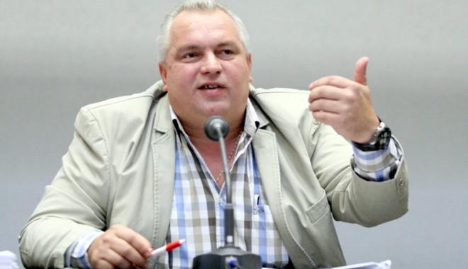 Foto: Mai este Nicu�or Constantinescu pre�edintele jude�ului? CJC reac�ioneaz�