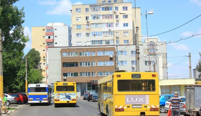 Foto: Trafic deviat pe liniile de autobuz RATC