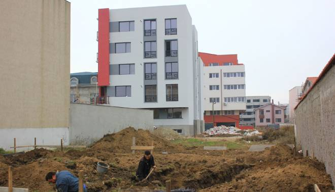 Galerie FOTO. Dezastrul urbanistic din cartierele Constanței - dezastrulurbanistic3-1415639458.jpg