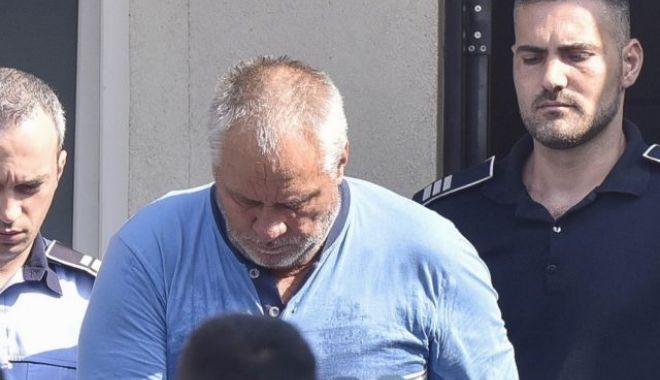 Foto: Cazul Caracal. Gheorghe Dincă, scos din arest și dus la Poliție pentru o analiză comportamentală