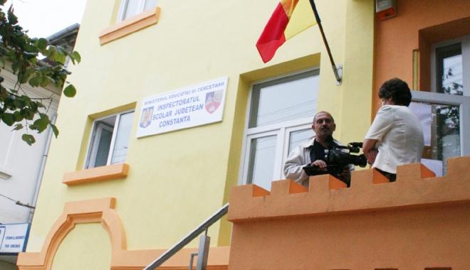 Foto: Directorii constănţeni, aşteptaţi  la ISJ Constanţa