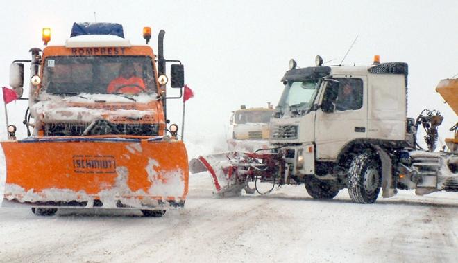 Foto: Directorii Regionalelor de drumuri, ameninţaţi cu demiterea în prag de iarnă