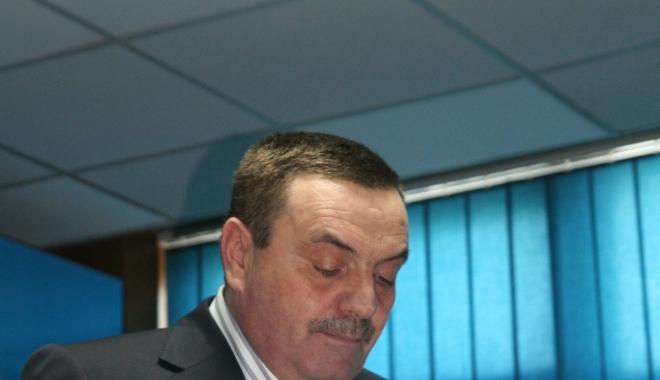 Foto: Fostul director al Direcţiei Apelor Dobrogea Litoral, condamnat la închisoare CU EXECUTARE!