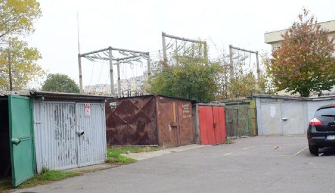 Foto: Dispar garajele din Constanţa!  63 au fost deja demolate