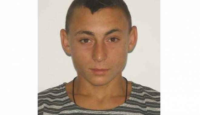Foto: Adolescentul rănit în explozia unui proiectil, dispărut de acasă