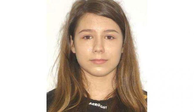 Foto: POLIŢIA ÎN ALERTĂ! Minoră de 15 ani dispărută de acasă