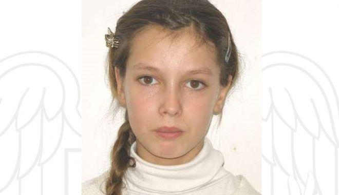 Foto: Fată de 18 ani, dispărută de acasă