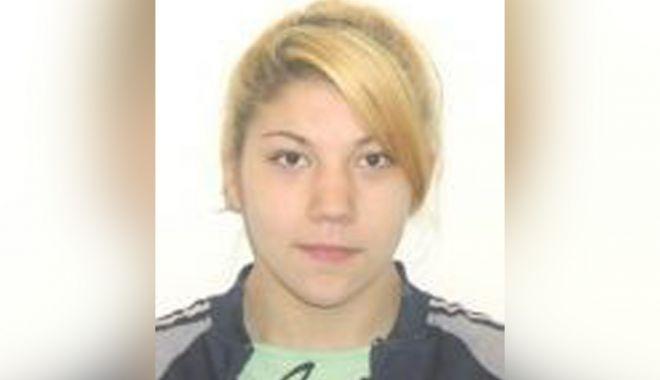 Foto: O fată de 17 ani din Sibiu, căutată la Constanţa