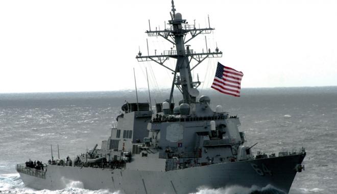 Foto: Navă americană de război, în Portul Constanţa. Ruşii, cu ochii ca pe butelie!