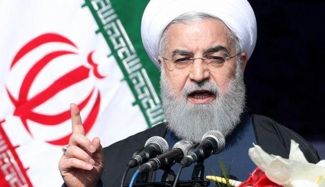 Foto: Divergenţe SUA - Iran. Rohani ia apărarea corpului de elită Gardienii Revoluţiei