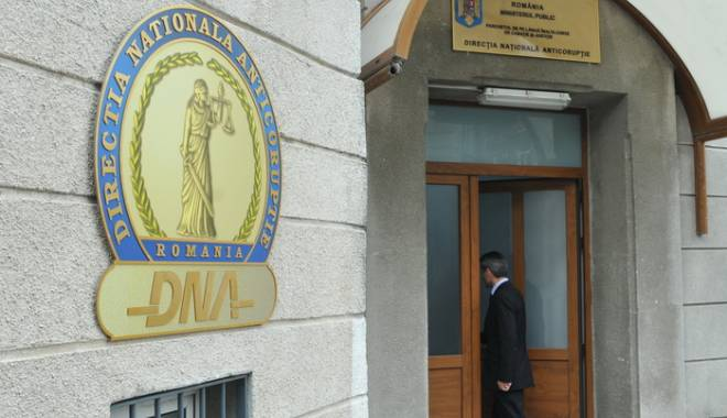 Foto: Viceprimarul din Tuzla, reţinut de DNA pentru șantaj