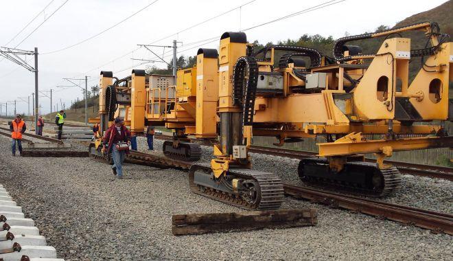 """Ce GOLĂNIE!!! A explodat """"bomba"""" reparaţiilor liniei ferate Constanţa - Bucureşti. Şpăgi de milioane de euro, nume grele implicate în dosar"""